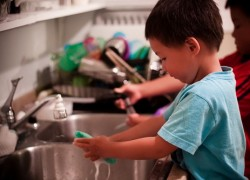 Household Chores That Help Improve Toddler's Social Development